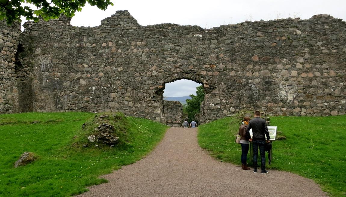 Замок Инверлохи