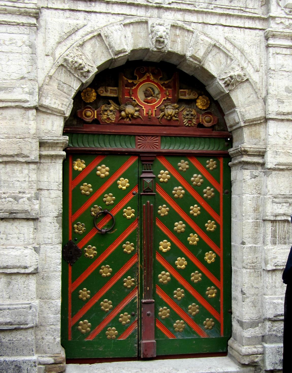 Дверь в Таллине
