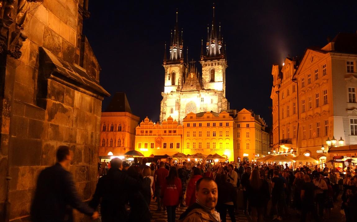 Ночной город Прага (Чехия)