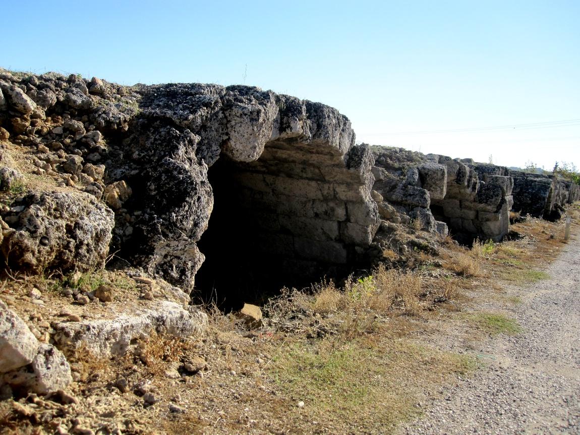 Древний стадион в Перге -ниши