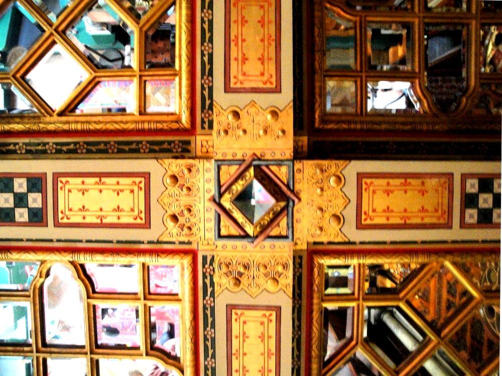 Потолок в спальне замка Кардифф