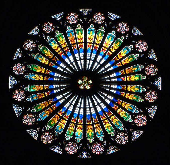 Окно-роза Страсбургского собора