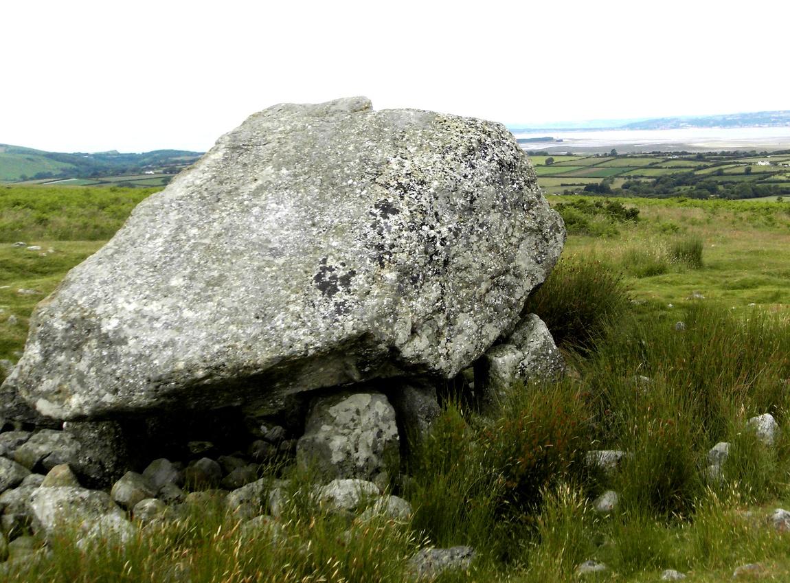 Камень Артурв