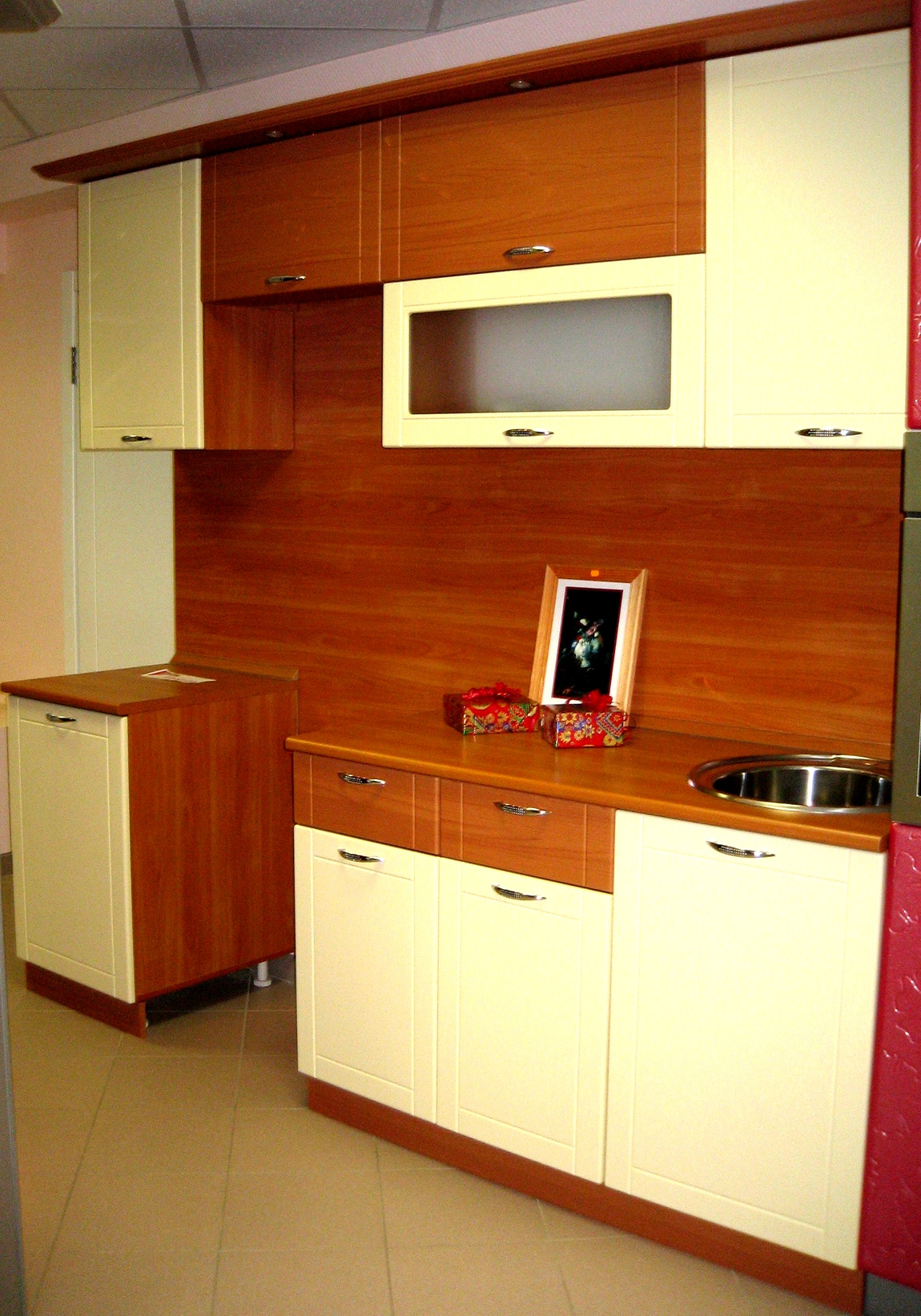 Кухня ваниль и вишня