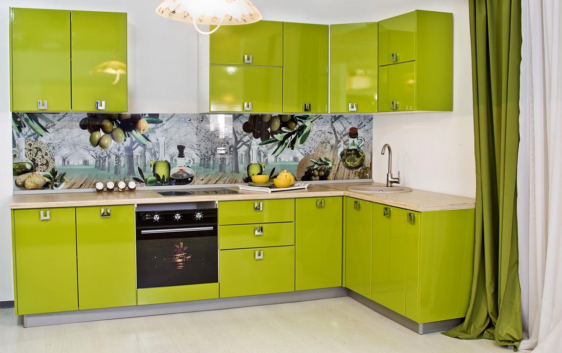 Кухня зелёная с фотопечатью