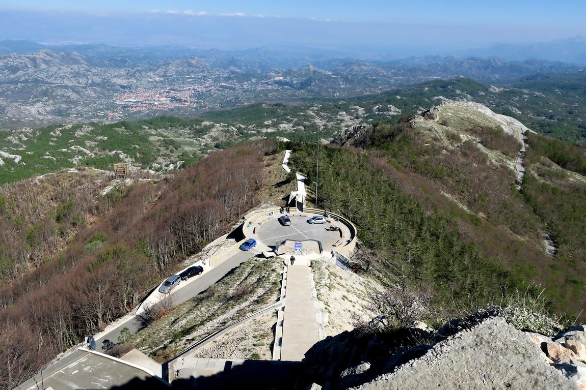 Вид на горы Ловчен (Черногория)