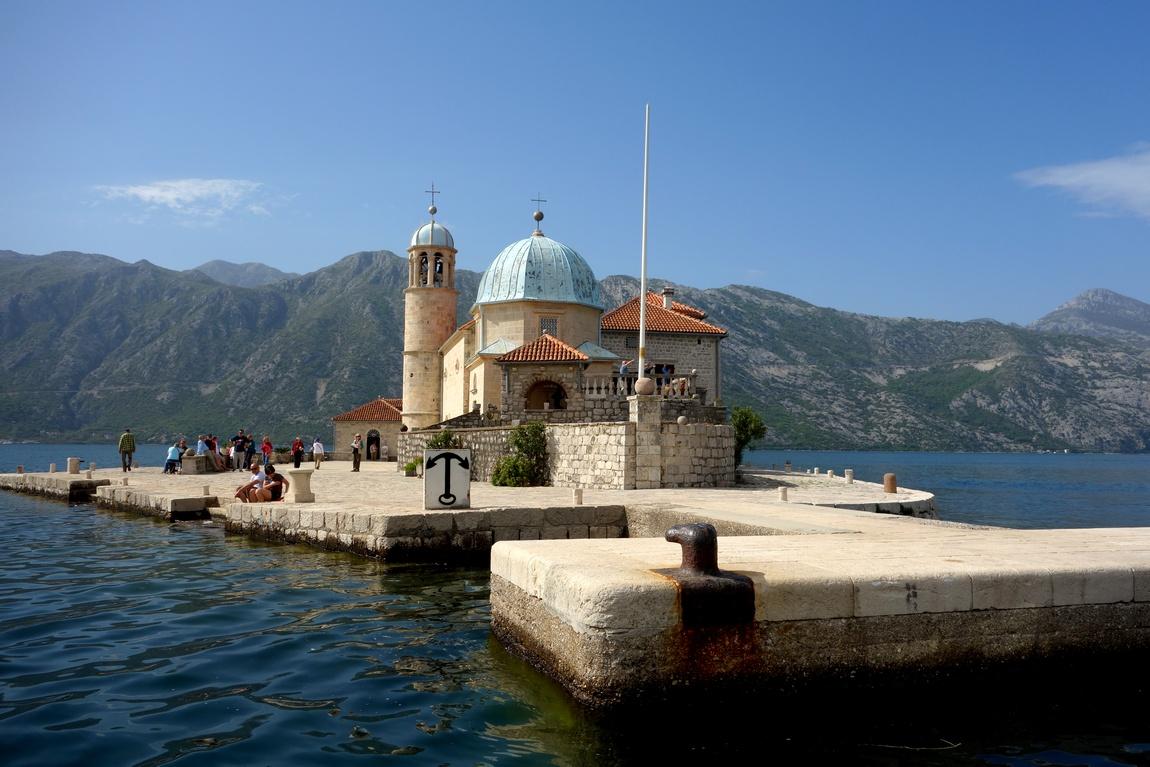 Церковь Пресвятой Богородицы - Пераст (Черногория) - островок Госпа-од-Шкрпелла