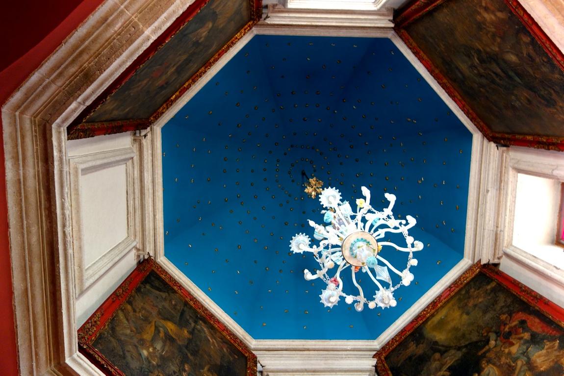 (Черногория ) храм