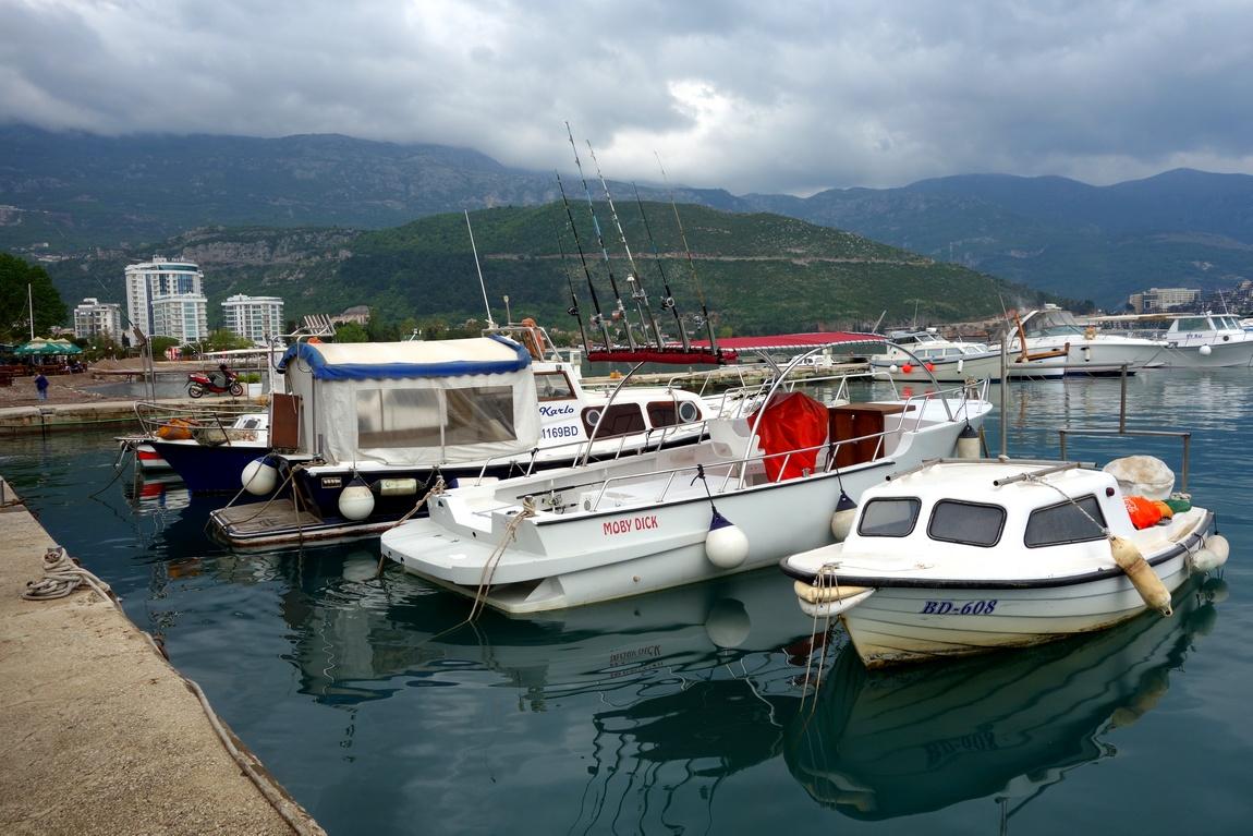 Будва в Черногории - гавань