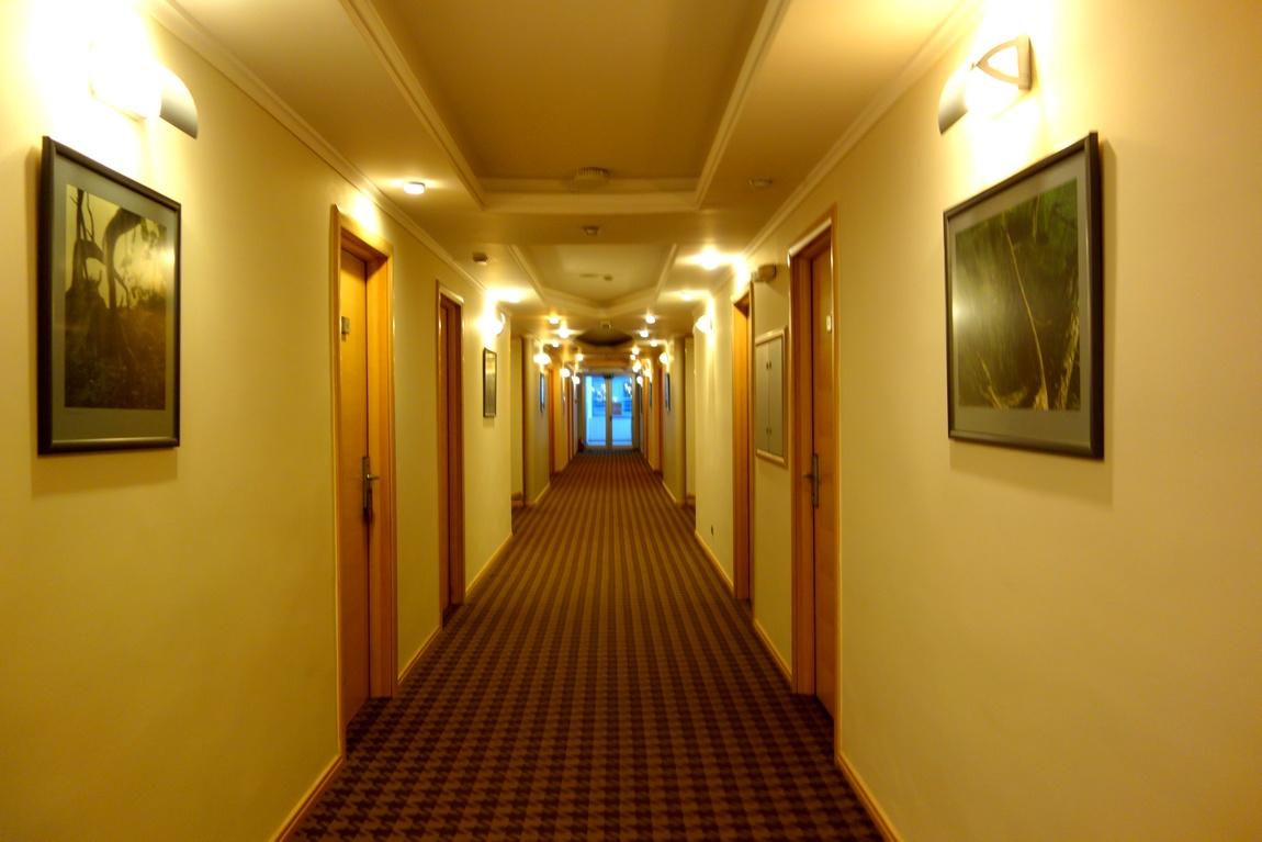 Гостиница Монтенегро (Черногория)