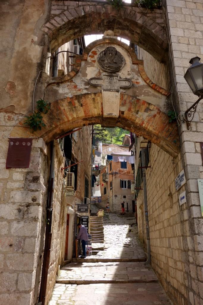 Старый город в Которе (Черногория)