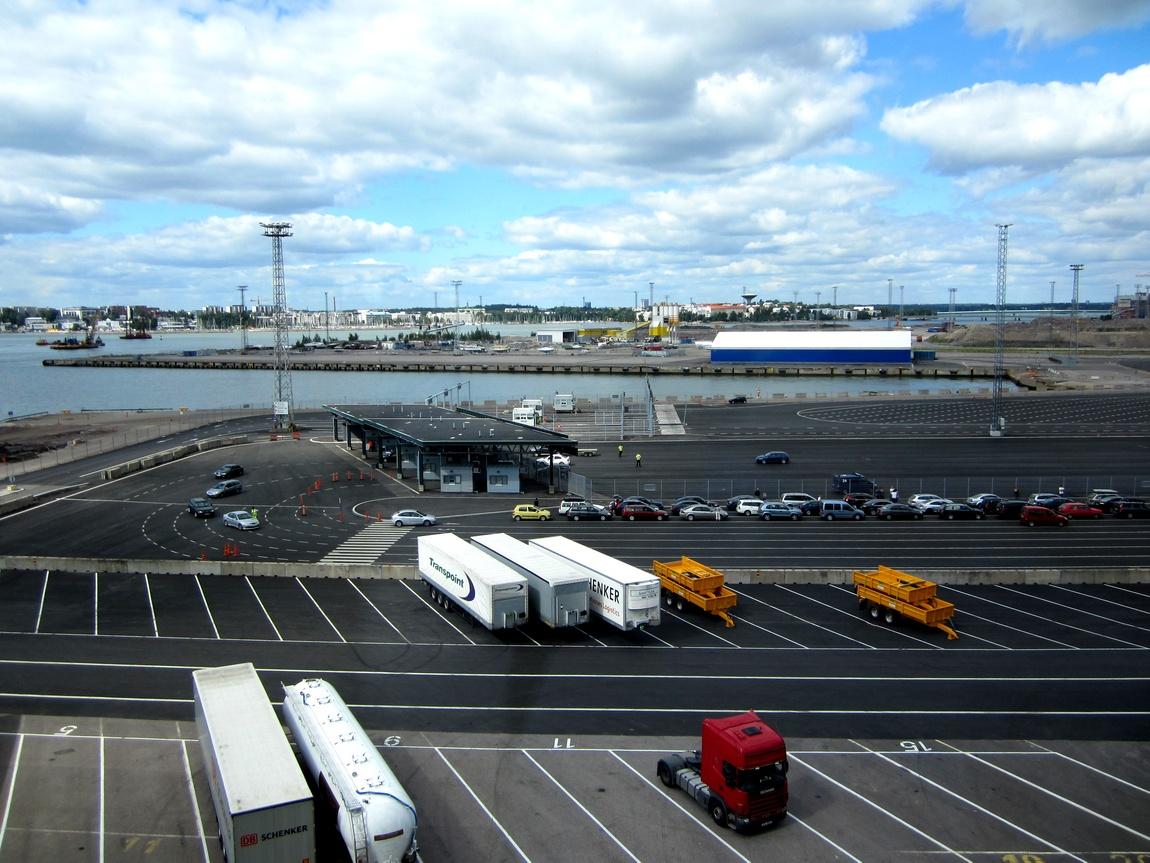 Дороги в порту Швеции