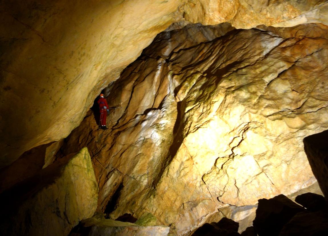 Пещера Lamprechtshohle в Санкт Martin бей Лофер.