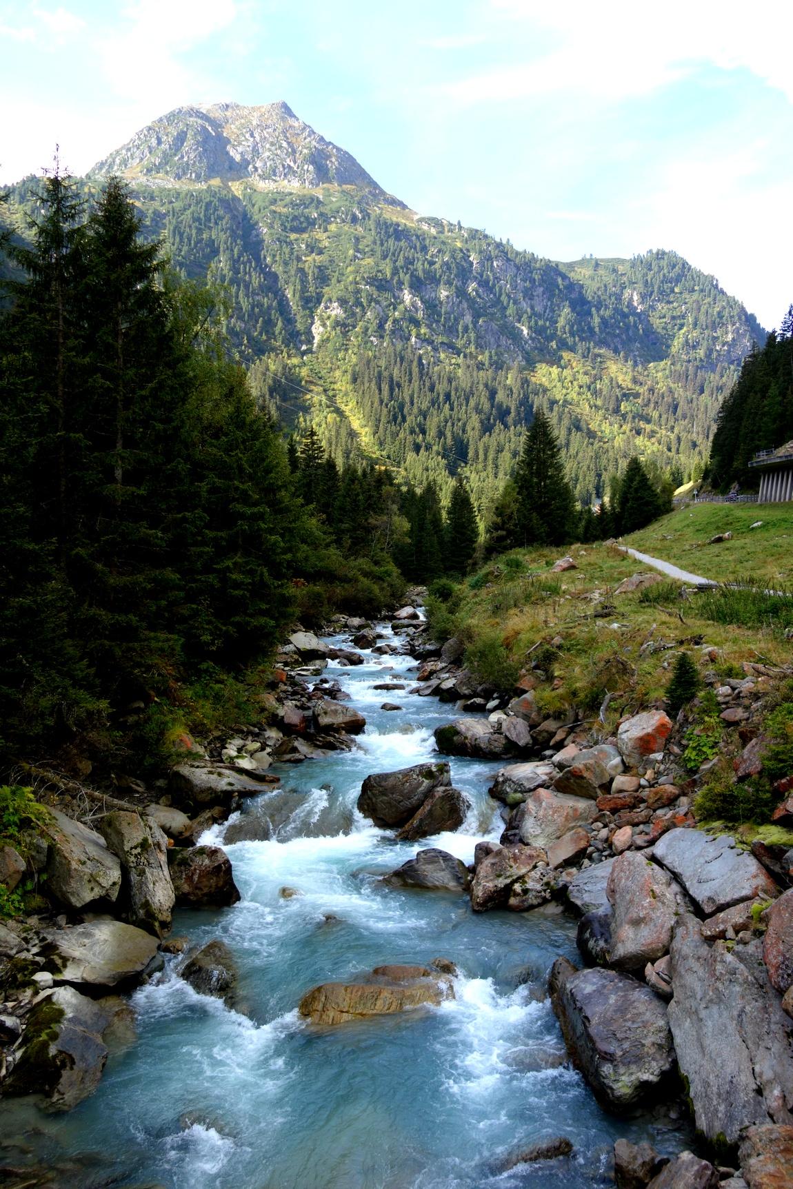Горная речка в Австрии