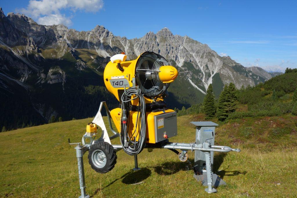 Снеговая пушка в Австрии