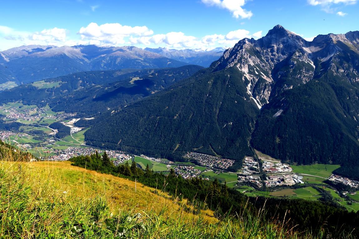 Панорама с горы Фулпмес (Австрия)