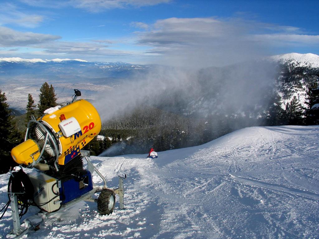 Снеговая пушка в Альпах