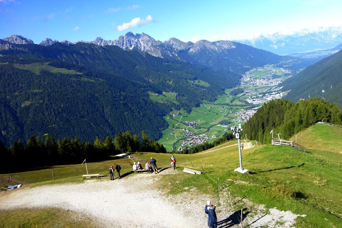 Панорама с горы Elfer на долину Штубай