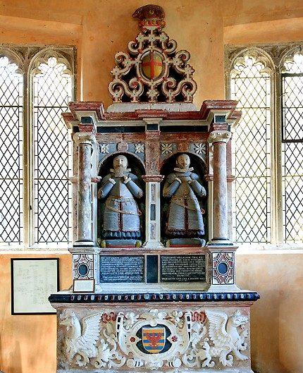 Памятник 17-го века двум братьям Walrond в храме Св. Михаила Олдбурн