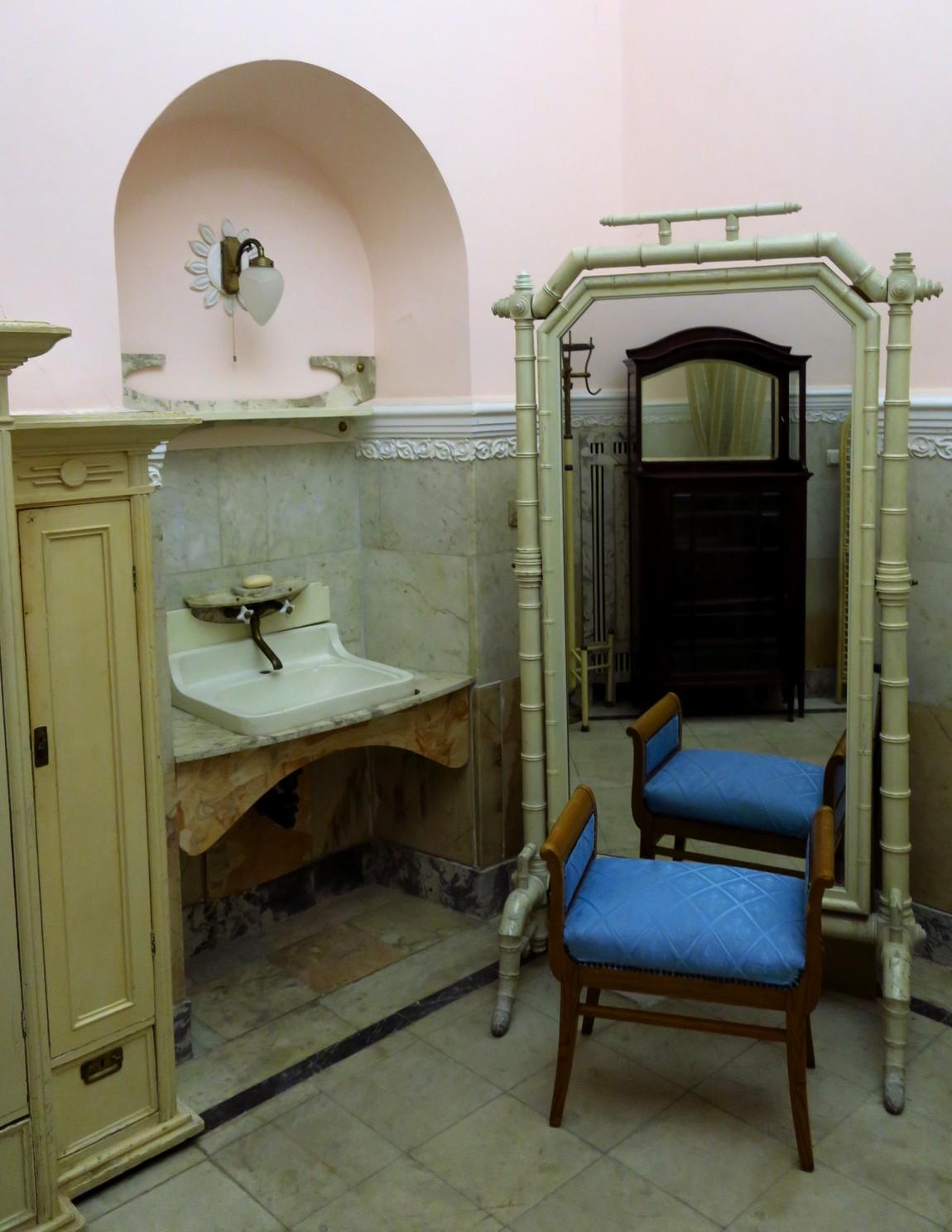 Ванная комната в Ливадийском дворце