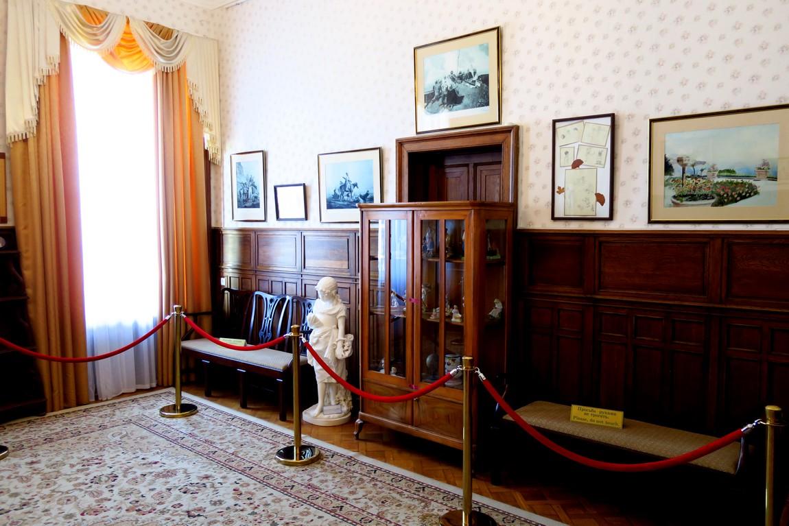 Ливадийский дворец - детская комната