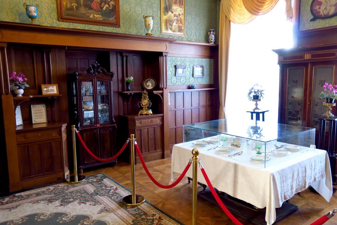 Ливадийский дворец - столовая