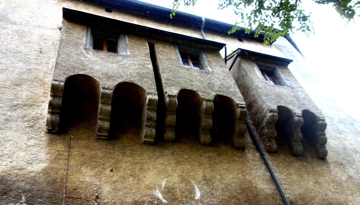 Туалетные комнаты в замке Австрии