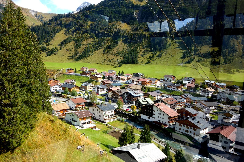 Канатная дорога Bergbahn Oberlech - посёлок Лех