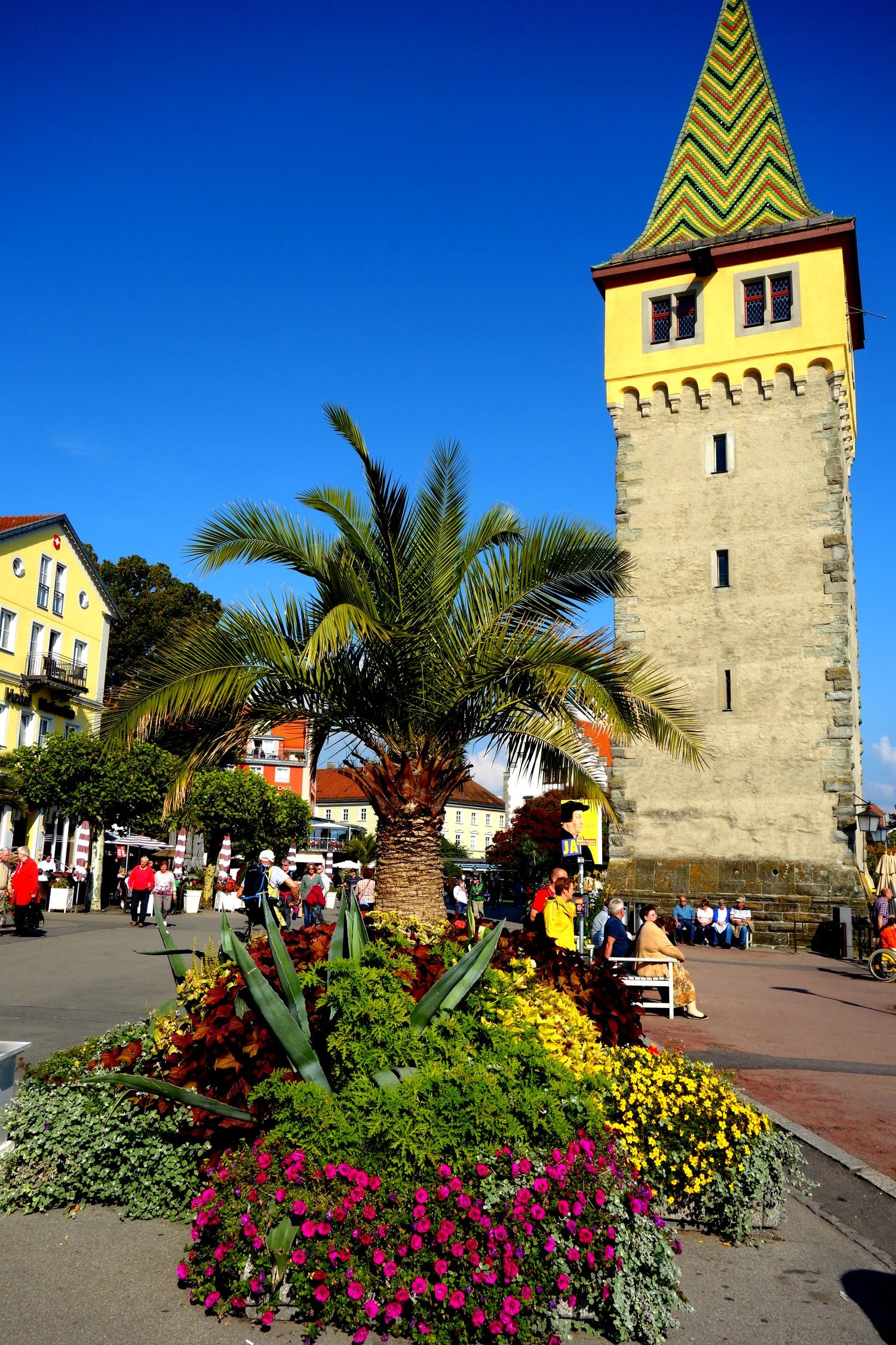 Набережная Линдау (Германия) - старый маяк Башня Magnturm