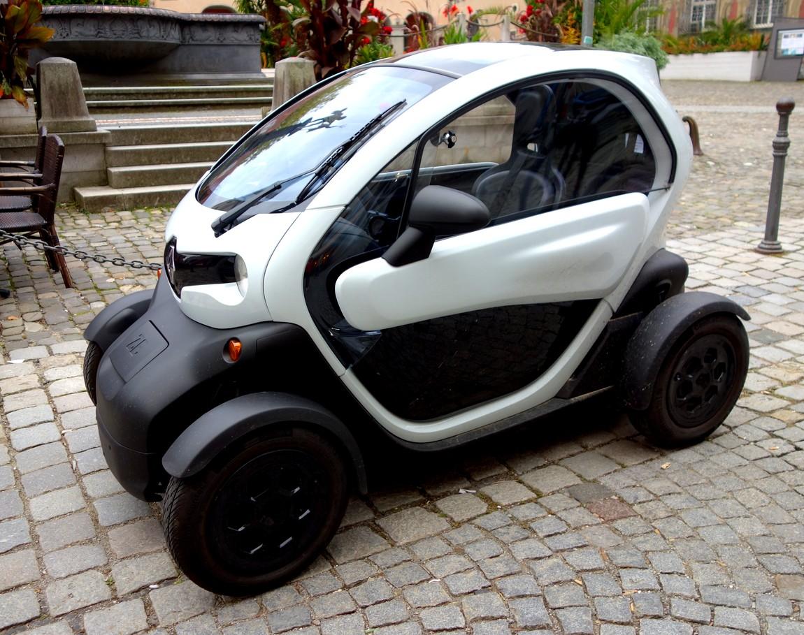 Маленькая машина в Австрии