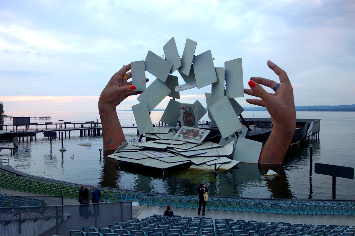 Композиция театра на воде -Боденское озеро