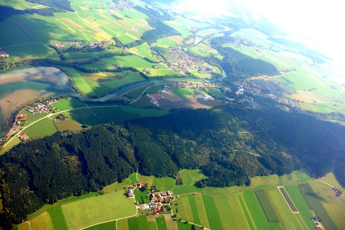 Земля с высоты самолёта