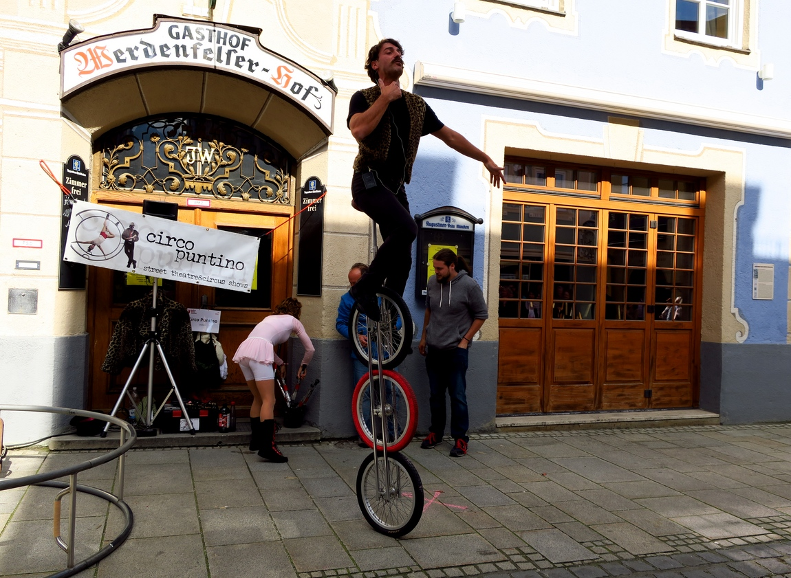 Гармиш-Партенкирхен (Германия) - уличные артисты