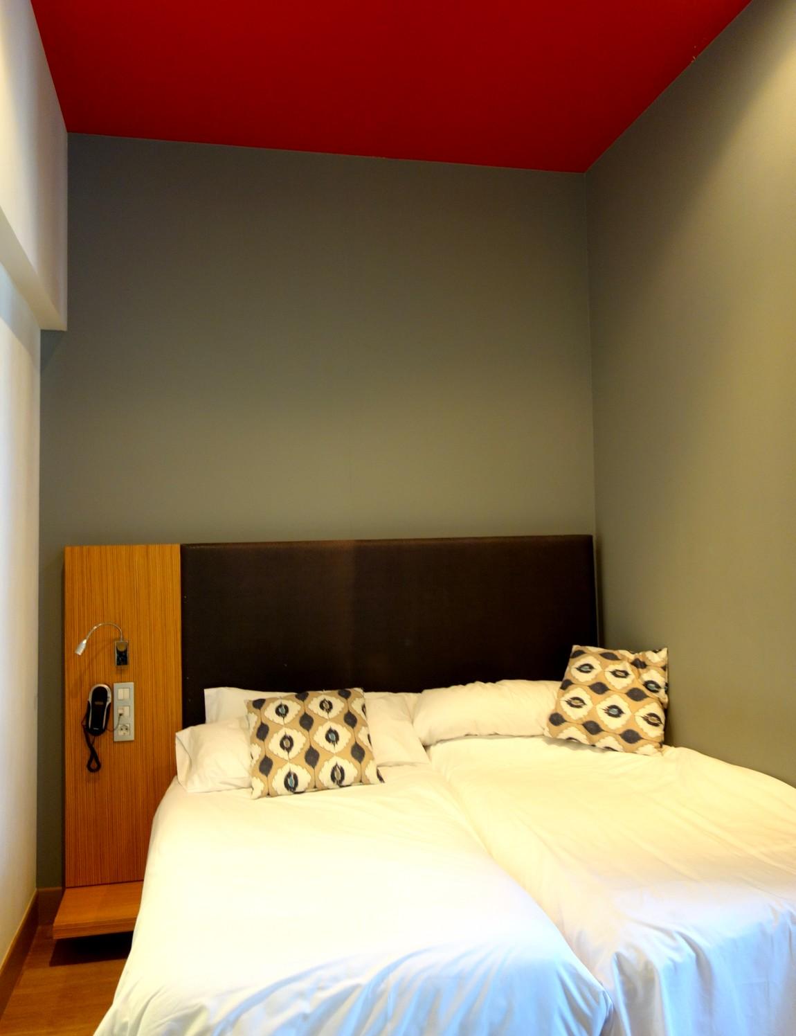 Номер - Отель 4* Petit Palace Plaza del Carmen в Мадриде