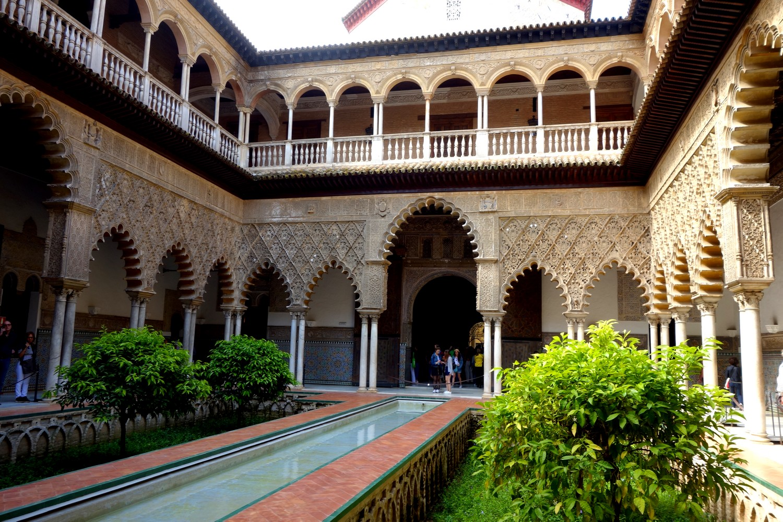 Севильский Алькасар (Испания) - Двор девушек