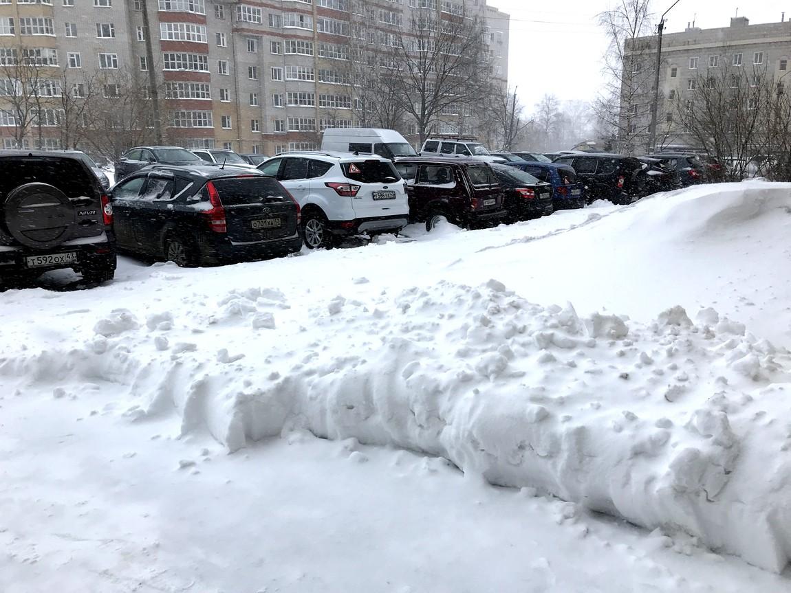 Снег 22 апреля в Кирове