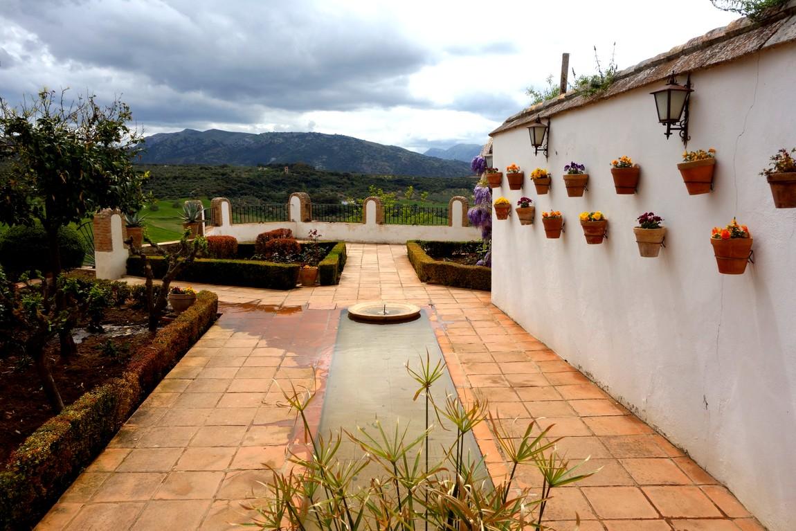 Дворец Мондрагон - Ронда - патио