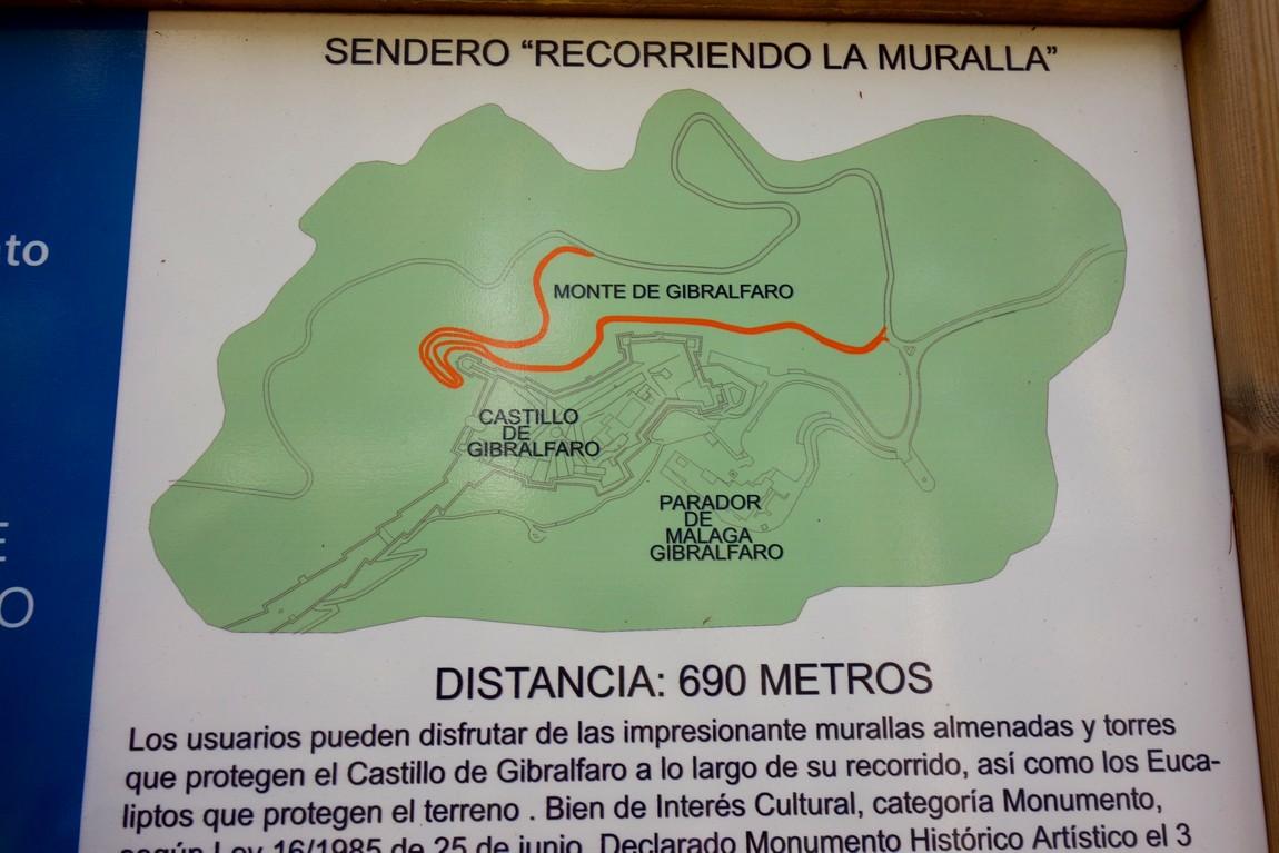 Кастильо-де-Гибральфаро - пешеходная тропа в парке