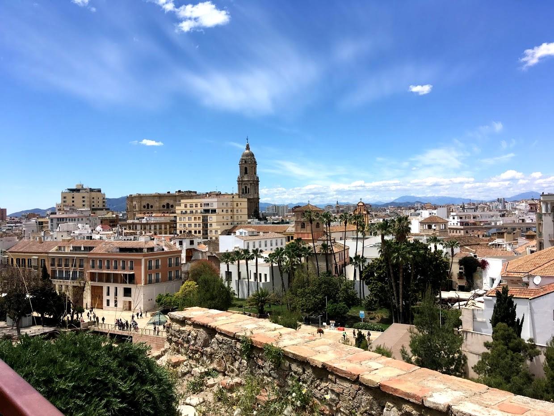 Кастильо-де-Гибральфаро - вид на город