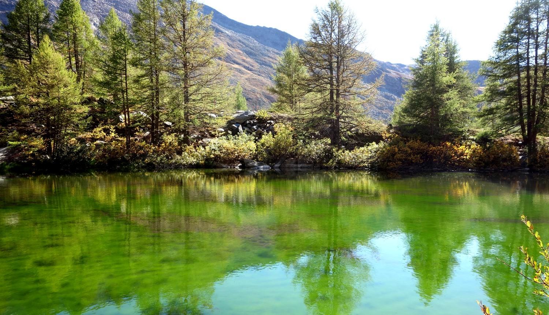 Озеро в горах Швейцарии - Grindjisee