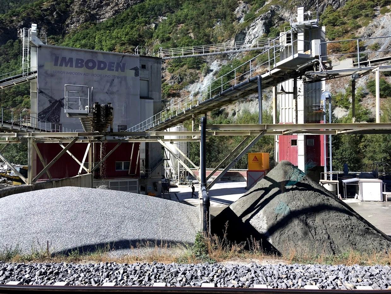 Производство гальки из камня в Швейцарии