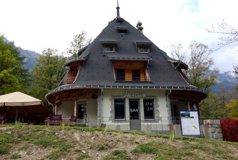 Шамони - необычный домик