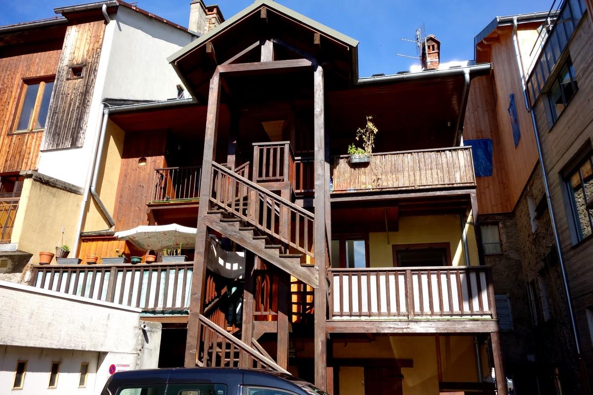 Thônes (Тонс) - Франция (деревянные здания)