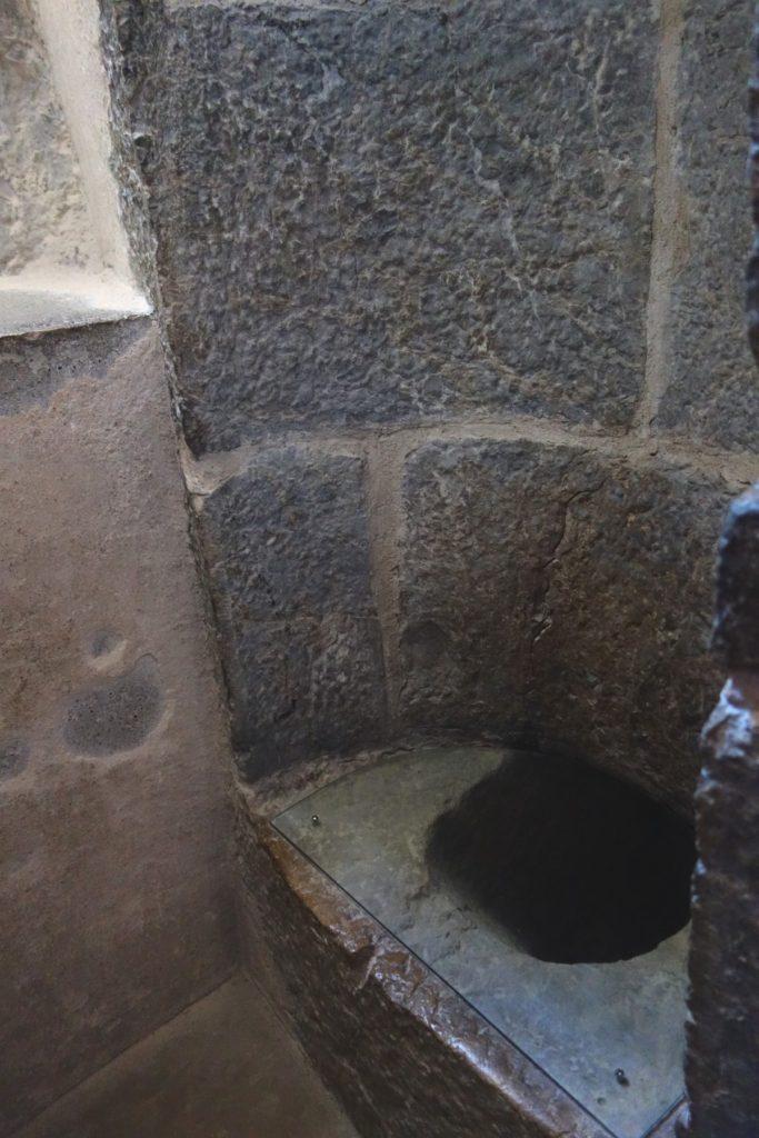 Туалеты замка Анесси