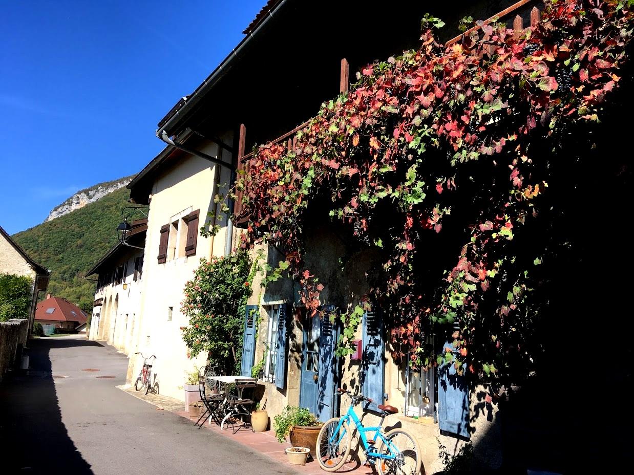 Деревня во Франции (Анси)